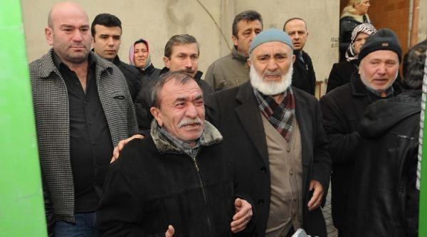 Okmeydanı'nda Hayatını Kaybeden Gencin  Cenazesi Adli Tıp'a Götürüldü