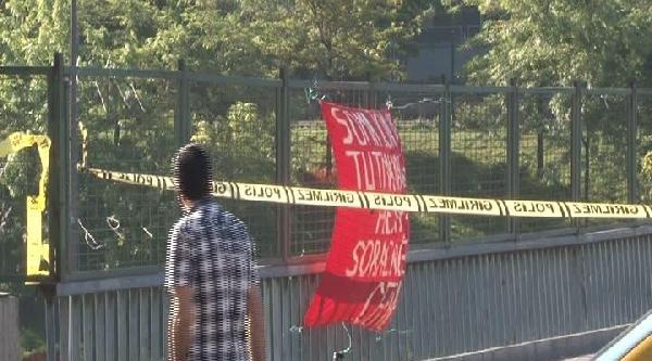 Okmeydanı'nda Pankarta Bağlanan Paket Bomba Paniğine Neden Oldu