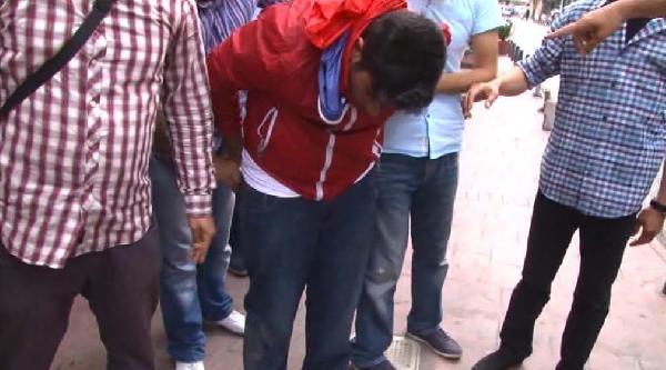 Okmeydanı'nda Polisin Havaya Ateş Açma Anı