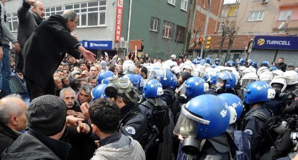 Okmeydanı'nda Vurularak Öldürülen Genç İçin Toplandılar (1)