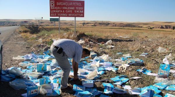 Okullara Gönderilen Ders Kitapları Çöpte Bulundu