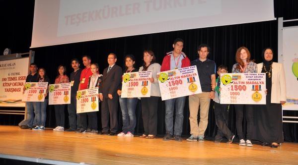 Okuma Yarışmasında Dereceye Girenlere Ödül Verildi