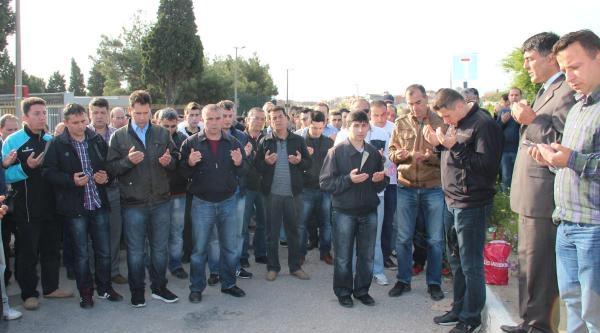 Ölen Madenciler İçin 3 Dakikalık Saygı Duruşu