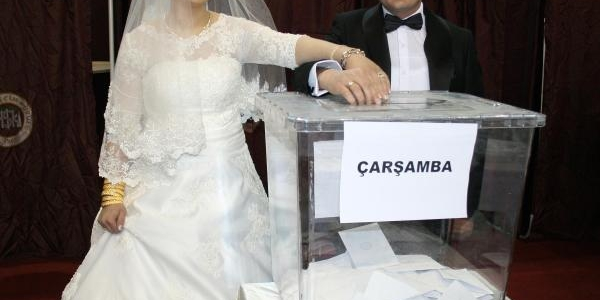 Önce Oy Sonra Düğün