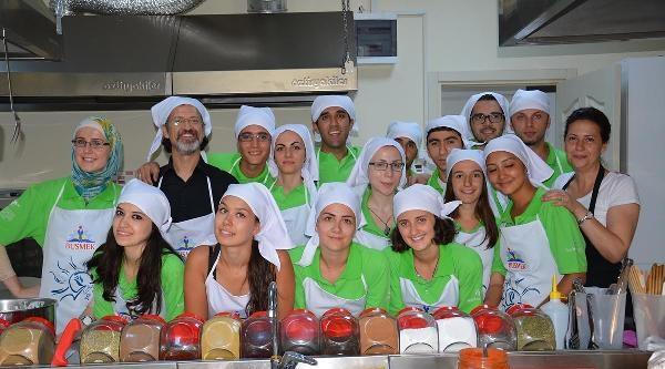 Önce Türkçe Öğrendiler Sonra Türk Yemeklerini Yaptılar