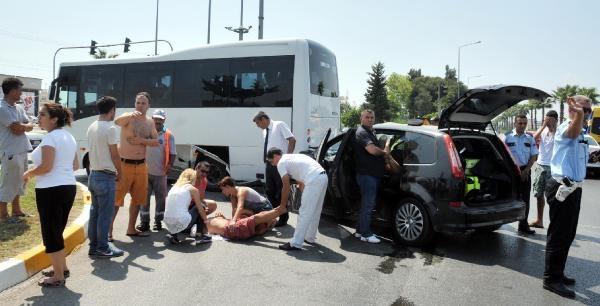 Opera Sanatçıları Kaza Yaptı: 2'si Ağır, 5 Yaralı