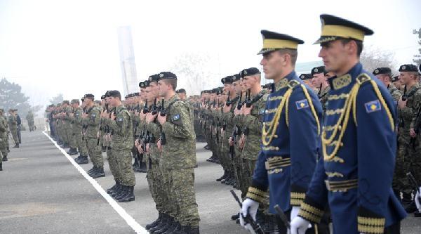 Ordu Olmaya Hazırlanan Kosova Güvenlik Gücü İçin Yeni Üniformalar Hazırlanıyor