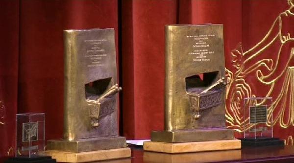 Orhan Pamuk, Makedonya Uluslararasi 2013 Tabernakul Edebiyat Ödülünü Aldi