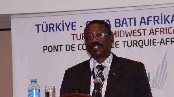 Orta Batı Afrika İle Ticaret Köprüsü İzmir'de Atıldı