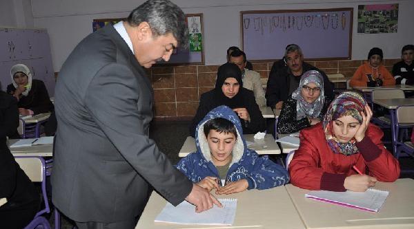 Osmaniye'deki Suriyeliler, Türkçe Öğreniyor
