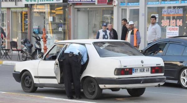 Otomobil Çalan Şüpheliler Yakalandi