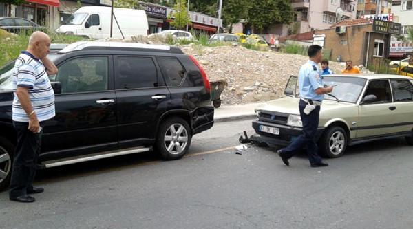 Otomobil Cipe Çarpti: 1 Yaralı