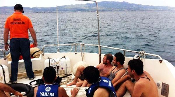Otomobil İç Lastiğiyle Yüzerek Yunanistan'a Geçmek İsteyen 6 Mülteci Yakalandı