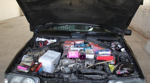 Otomobil Motoruna Yasaklı İlaç Sakladı