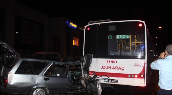 Otomobil, Otobüse Arkadan Çarpti: 3 Yaralı (2)