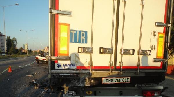 Otomobil Park Halindeki Tır'a Çarpti: 4 Ölü, 2 Yaralı - Fotoğraflar