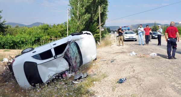 Otomobil Takla Attı: 1'i Ağır 4 Yaralı