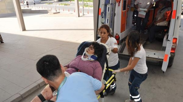Otomobil Uçuruma Yuvarlandı: 1 Ölü, 6 Yaralı