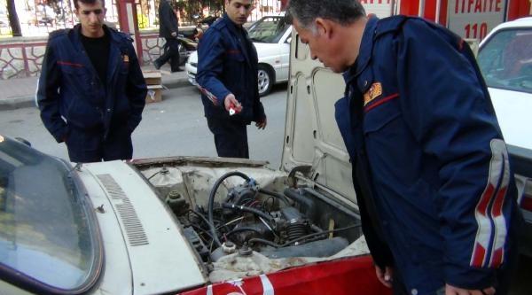 Otomobildeki Gaz Kaçağı Paniğe Neden Oldu