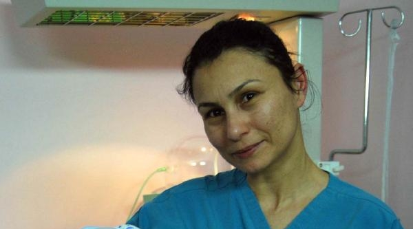 Otomobilin Çarptiği Hemşire Hastanede Öldü