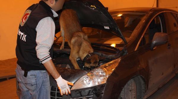 Otomobilin Havalandırmasından 8 Kilo Eroin Çikti