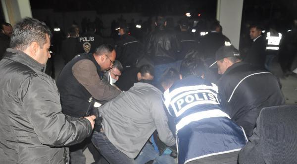 Otoyolda Silahlı Çatişma; 2 Şehit, 1 Ölü, 5 Yaralı (ek Fotoğraf)