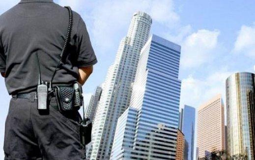Özel güvenliklere polislik yolu açılıyor!