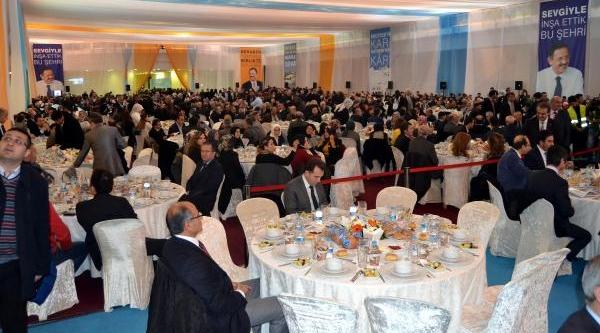 Özhaseki Kayseri Projelerini, 3 Bin 500 Kişilik Yemekli Toplantida Açikladi