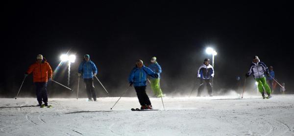 Palandöken'de Gece Kayaği