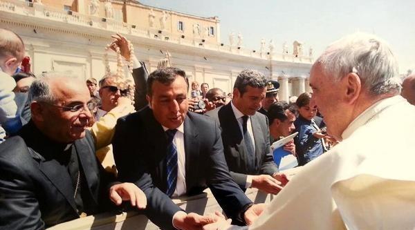 Papa'dan Barış İçin Dua İsteyip, Diyarbakır'a Davet Ettiler