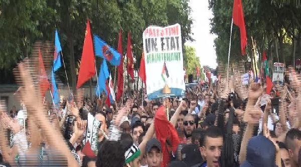 Paris'te İsrail Protestosu
