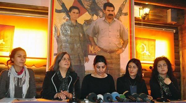 Paris'te Katledilen 3 Kadin Diyarbakir'da Anildi