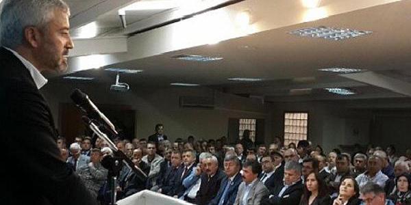 Partideki Bayramlaşmada Ak Partili Yilmaz'a, Eski Bakan Şahin'in Korumalarindan Müdahale Iddasi