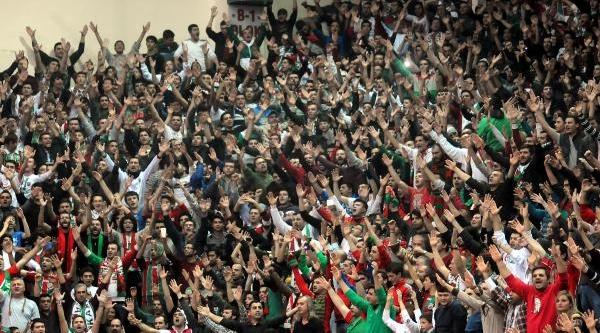 Pinar Karsiyaka- Galatasaray Liv Hospital Basketbol Maçi Fotoğraflari