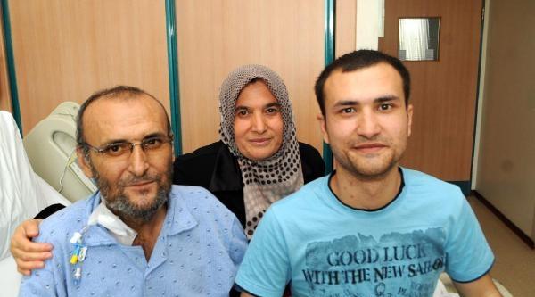 Polis Babaya, Akademisyen Oğlundan Karaciğer Nakli