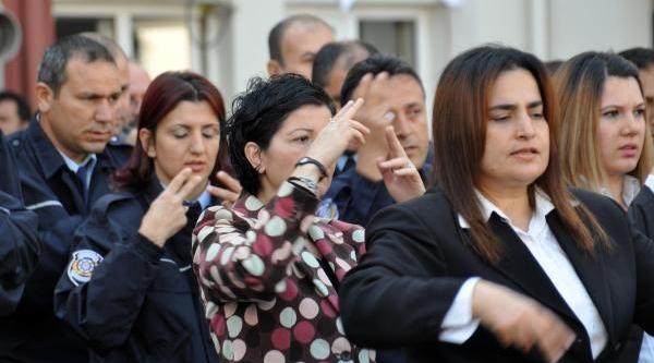 Polis Işaret Dili Öğrendi