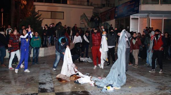Polis Yürüyüşe İzin Verdi, Olay Çikmadi (2)