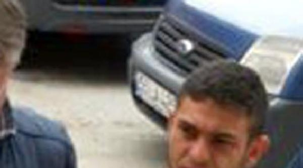 Polisleri Karşısında Bulan Şüpheli, Donla Kaçtı