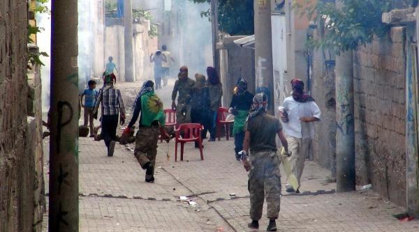 Polisten Göstericilere Anons: Eylem Yapıyorsanız Adam Gibi Yapın