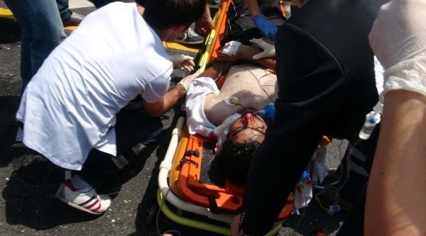 Polisten Kaçan Su Satıcılarına Metrobüs Çarpti: 1 Ölü, 1 Yaralı