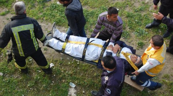 Polisten Kaçan Şüpheli 10 Metreden Atlayınca Bacağını Kırdı