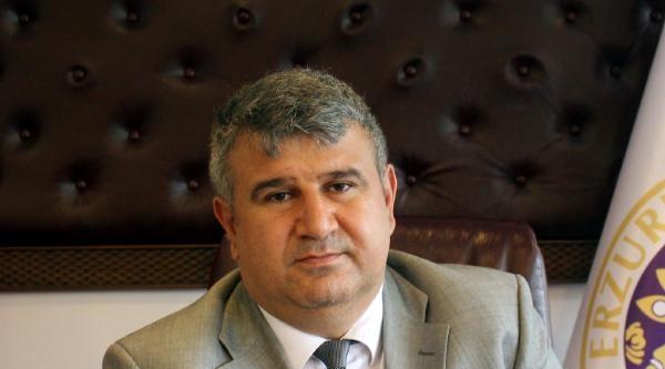 Prof. Dr. Ertaş: İmplant Yaptırırken Dikkat Edin