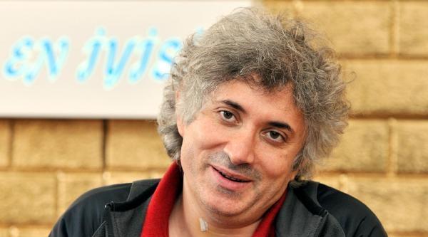 Prof. Dr. Özkan: Yurt Dışına Gitmenin Bir Mantığı Yok
