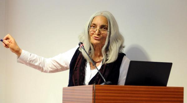 """Prof. Güngör Güner: Seramiğe Yaşlılar Daha Çok İlgi Duyuyor"""""""