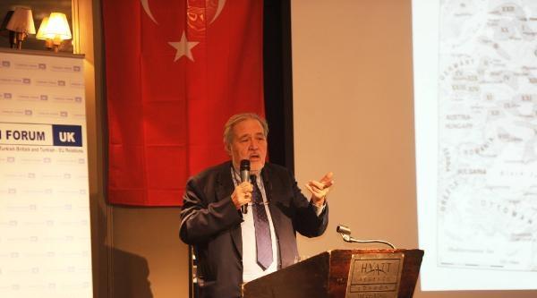 Prof.dr. Ortaylı: Türkiye İşleyen Bir Makınadır