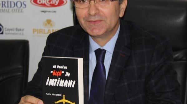 Prof.dr. Şimşek: 'ak Parti'nin Ölçü Ile Imtihani' Kitabini Tanitti