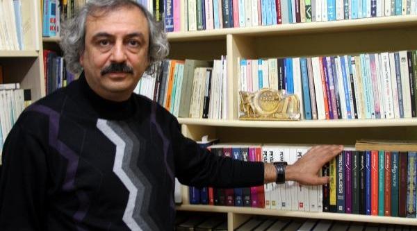 Profesör Özden: Korkular Duayla Yenilirdi, Şimdi Psikolog Var