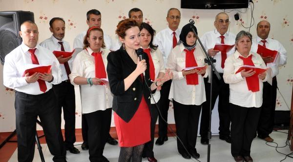 Psikiyatri Hastalarından 'tıp Bayramı' Konseri