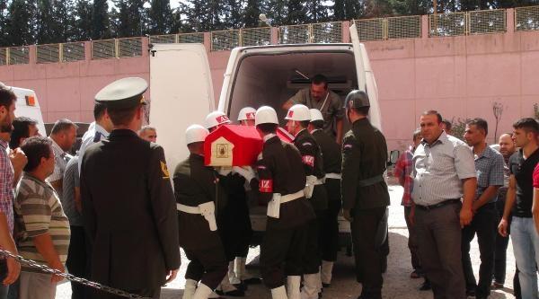 Rahatsızlanarak Şehit Olan Askerin Cenazesi Memleketine Getirildi