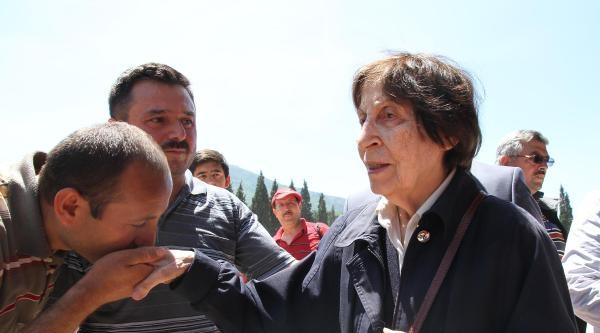Rahşan Ecevit, Soma'da Madenciler İçin Dua Etti